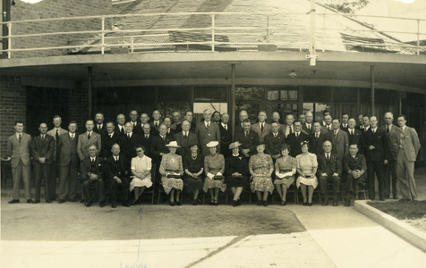 Eileen Gertrude Lenihan OBE, former private secretary to prime ministers Joseph Lyons, Robert Gordon Menzies and others.
