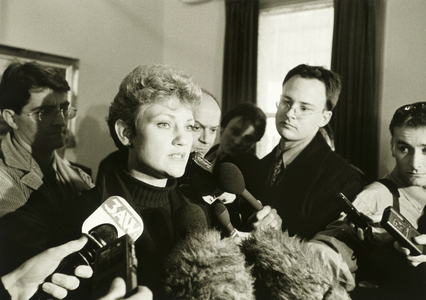 Pauline Hanson feeds the media at the Shamrock Hotel, Bendigo, Victoria, July 1998.