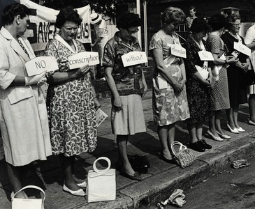 Women from the Save Our Sons movement protest against the conscription of 20 year-old Australian men during the Vietnam War, Sydney, 1 October 1965. Photo courtesy Fairfax Photos
