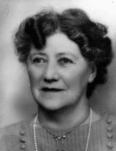 Cardell-Oliver, Dame Annie Florence Gillies. Photo courtesy State Library of Western Australia.
